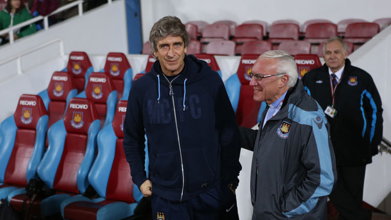 Manuel Pellegrini greets West Ham Chaplain Alan Bolding